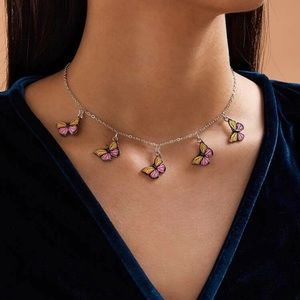 🌸5 for $15🌸 Butterfly necklace